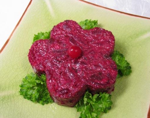 Рецепт салата со свеклой и черносливом
